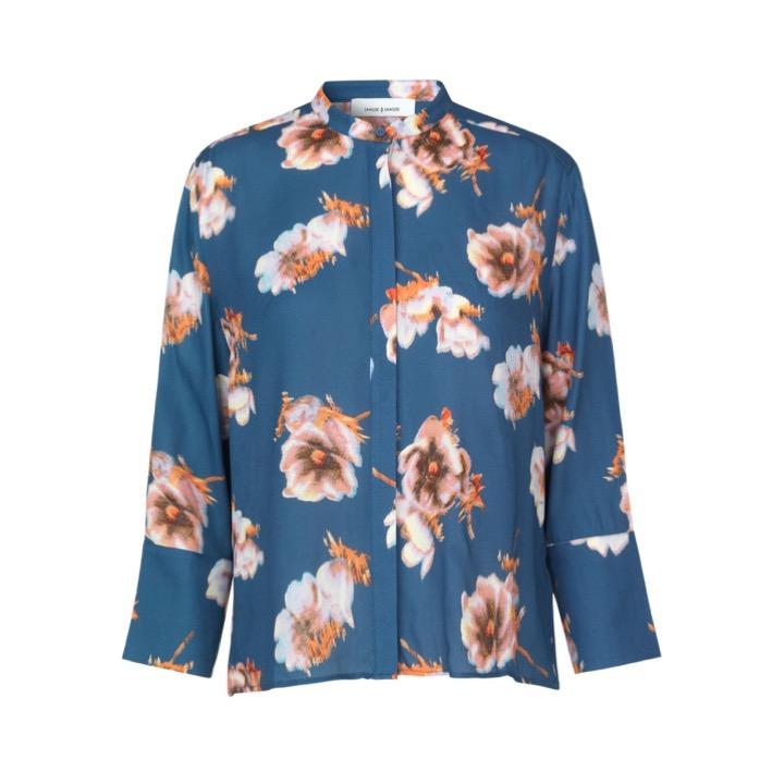 Elm Shirt blue floral